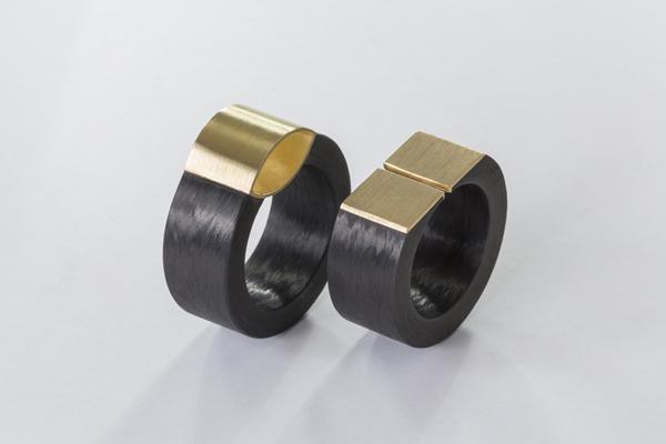 Ringe aus Carbon mit Gold